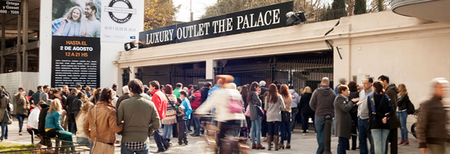 The Palace Outlet - Feria Food Trucks